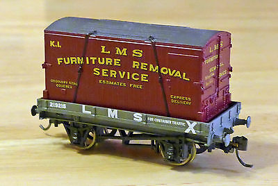 Mainline LMS wagon & Furniture Container, pristine OO, Kadees, Boxed