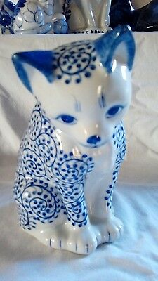 Cat ornament Blue and White