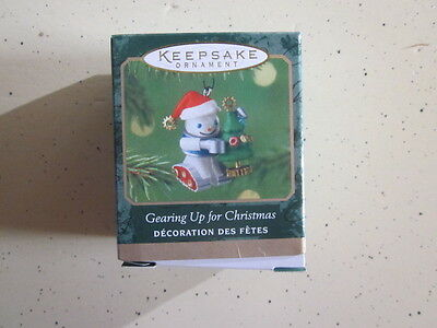 Hallmark Ornament 2001 Gearing Up for Christmas Miniature