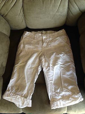 One Pair Of White Old Navy Girls Size 8 Capris