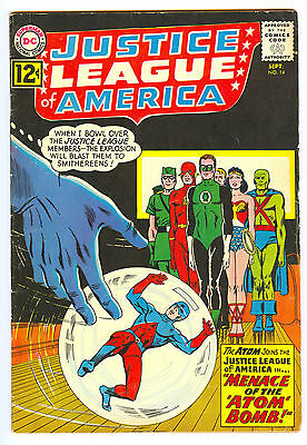JUSTICE LEAGUE Of AMERICA #14~ *SOLID FINE*  ~ATOM JOINS~ DC COMICS~ JLA
