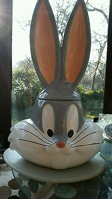 WB Bugs Bunny Cookie Jar....Six Flags