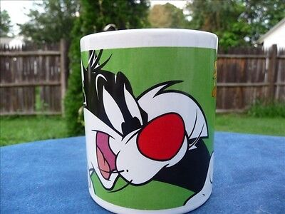 Looney Tunes Sylvester Tweety Coffee Mug Warner Bros 1998 Green by Gibson