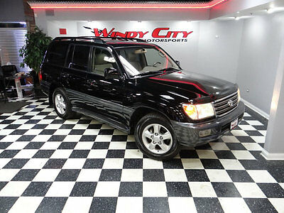 2005 Toyota Land Cruiser Base Sport Utility 4-Door 05 Toyota Land Cruiser Limited 4x4 Navigation DVD Moonroof Meticulously Serviced