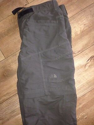 Small Men's North Face Trousers Zip Off Shorts