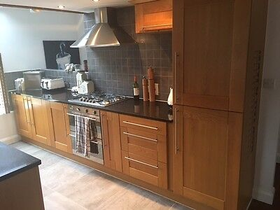 Second Hand Kitchen with Granite Worktops & Appliances