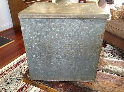 Vintage Biltmore Dairy Farm Galvanized Metal Porch Milk Bottle Box Insulated