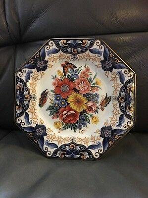 Hand Decorated Display Plate Japan Rare Collectable
