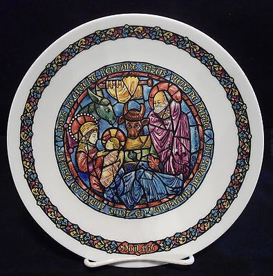 Vintage 1976 D'arceau-Limoges Stained Glass Christmas Plate #an-450 France