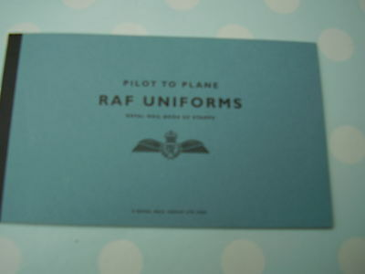 RAF Uniforms. . DX 42. Prestige Booklet. Complete. Superb.