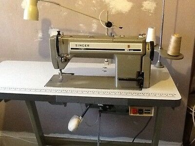 SINGER 591D Industrial Sewing Machine .