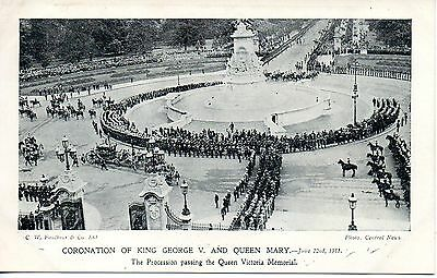 King George V Coronation - Passing Queen Victoria Memorial 1911 Royalty Postcard