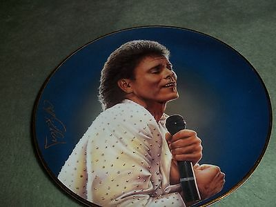 """Cliff Richard """"a Glittering Performance"""" Forty Glorious Years Plate"""