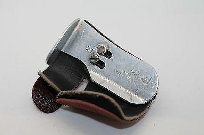 A & F Archery Layer Real Leather Recurve Bow Finger Tab Adjustable SIZE M