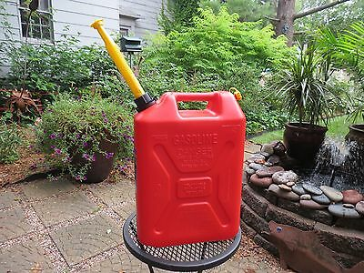 PRE-BAN but NEW Vented Scepter 5 Gal Gallon Plastic Jerry Gas Can Spout & Cap