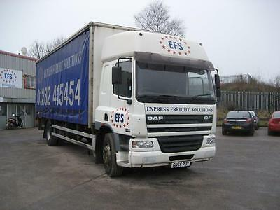 DAF CF65.220 Curtainsider t/lift sleeper cab