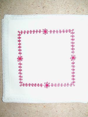 6 x WHITE LINEN EMBROIDERED TABLE NAPKINS