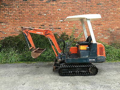 Kubota KH36 Rubber Tracked Mini Digger with 2 Buckets & kubota engine