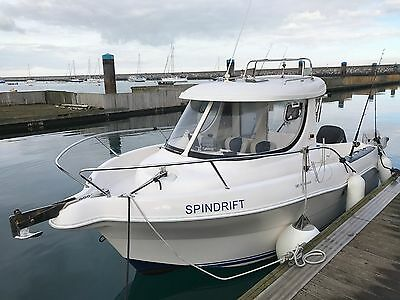 Twin Engine Fishing Boat Quicksilver 580 pilothouse,