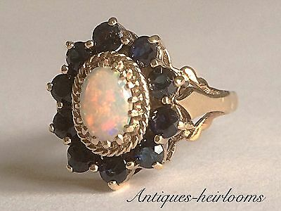 VINTAGE SOLID 9ct GOLD SAPPHIRE & FIERY OPAL CLUSTER RING Hallmarked 9ct 375