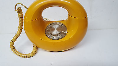Vintage WESTERN ELECTRIC Yellow SCULPTURA DONUT Rotary Phone Made in USA