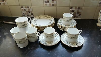 Aynsley Fluerette Coffee Set 8 X Coffe Can/cups And Saucers 8 X Tea Plates