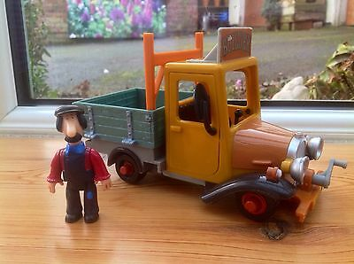 Postman Pat Toy - Small Builders Truck & Ted Glen Figure - Rare!!!