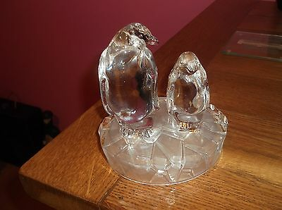 Wildlife Royal Crystal Rock Glass Penguins Ornament Boxed