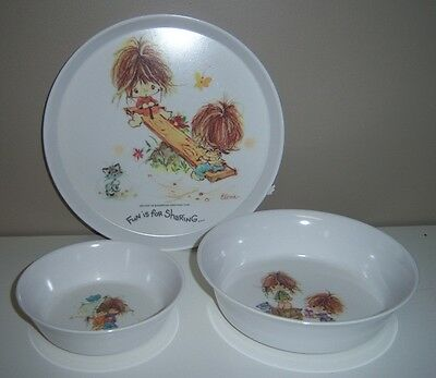 Vintage Oneida Deluxe Urchins Melamine Plate & Bowls