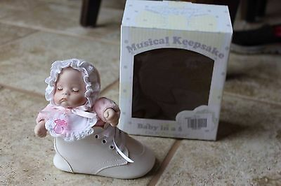 Stephan Baby Keepsake personalized Musical Baby in Shoe 466008 musical girl
