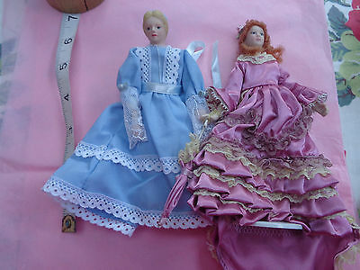 Dolls House Doll 2 Victorian-Style Ladies I With Parasol 1 Maid? 1/12 Scale