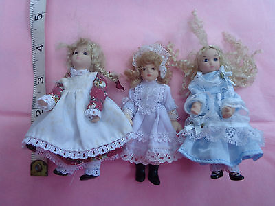 Dolls House 3 Different Girls Porcelain And Cloth Plaits 1/12 Scale