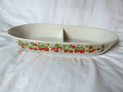 Action Stone Bakeware Dual-Serving Dish - Strawberry Pattern