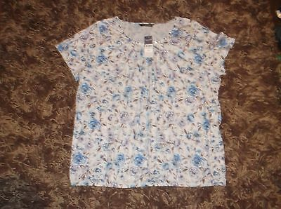 ladies lovely pretty blue patterned Bonmarche top, size 24  (new iwth tags)