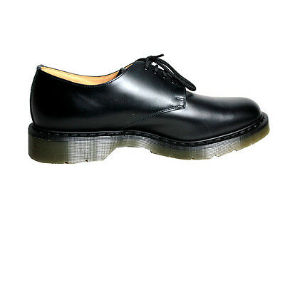 SOLOVAIR MADE IN UK Men's shoe black leather with laces colored rubber sole