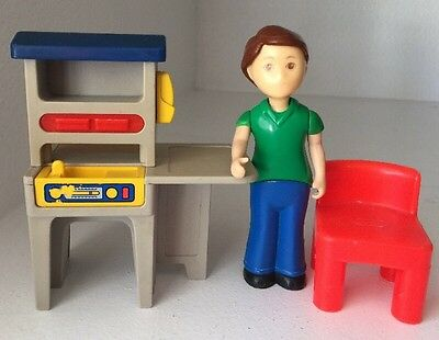 Vintage Little Tikes Dollhouse Tool Work Bench With Red Chair And Father Dad Fig