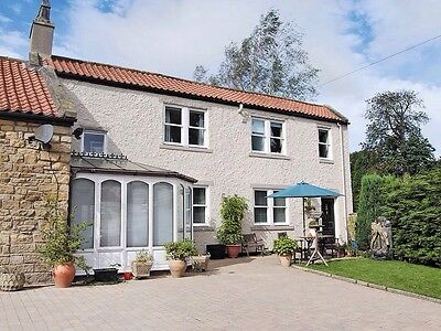 Holiday Cottage Apartment 2 Bed WiFi/Dog Friendly. 1st & 2nd March