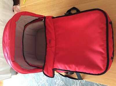Mountain buggy carry cot