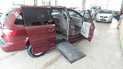 2002 Chrysler Town & Country  HANDICAP CONVERSION RAMP VAN 2002 TOWN AND COUNTRY 102K N/R