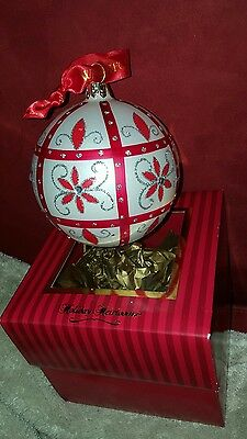 Waterford Holiday Heirlooms Red White Poinsettia Holiday Lace Ball
