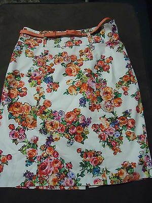 Review Skirt & Belt White With Floral Design Size 8