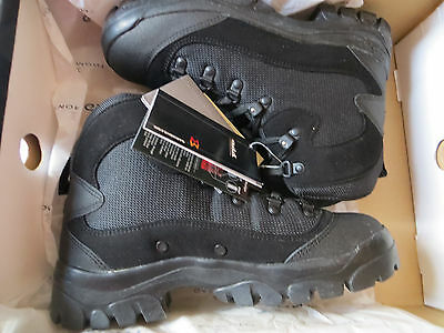 Garmont T6 781011/202 Tactical Hiking Boots mens size 8 [Black cosmetic defect]