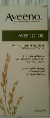 Aveeno Bath and Shower Oil with Colloidal Oatmeal 250ml Free Postage