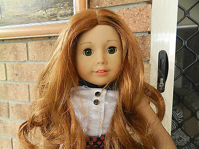 Pretty American Girl DOLL Truly Me with a huge lot of clothing