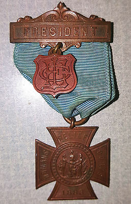 Vintage Grand Army Of The Republic Womens Relief Corps President 1883 Medal