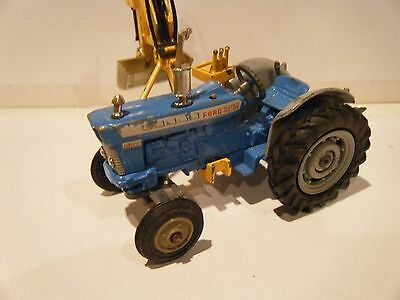 Corgi Ford Super Major 5000 Tractor with Side Scoop 1/43