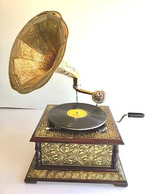 Gramophone with Big Brass Horn + 2 x 78 type Records