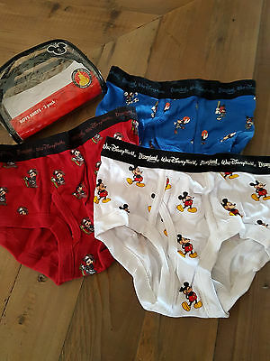 Pack de trois slips mickey disneyland neuf taille 6 ans