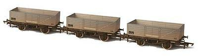 OXFORD RAIL OR76MW6004 1:76 OO SCALE BR 6 Plank Triple Wagon Pack Weathered