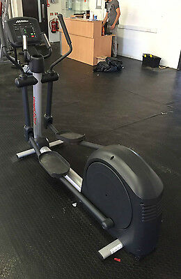 Life Fitness Activate Series Elliptical Cross Trainer Commercial Gym Equipment